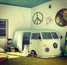 The is one cute bedroom idea! {combi van, colourful,cute,hippie}
