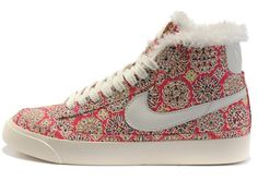 "Each an angular sensor and an accelerometer, enabling it to suppress both the blur caused by the angle of the digital camera and scarpe nike blazer donna the ""shift blur"" that happens when your subject moves parallel to the camera, a issue that is particularly obvious at large zoom elements."""