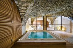 Hôtel le Moulin de Vernègues // spa occitane  - for more inspiration visit http://pinterest.com/franpestel/boards/