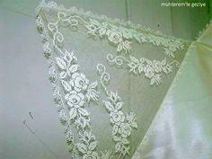 Point Lace, Needle Lace, Saum, Bargello, Embroidery Art, Lace Shorts, Knots, Needlepoint, Towel