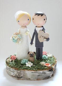 custom wedding cake topper with wood slab base por lollipopworkshop