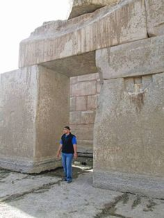 """Megalithic stones in Baalbeck, Puma Punku, Machu Pichu, Sacsayhuaman, Egypt and more places … Get Facebook Chat Updates for Alien UFO Sightings: (Just type """"stop"""" in chat to cancel any time.)"""