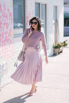Wear Pink on Valentine's Day // Valentine's Day outfit // Blush Outfit // Pink on Pink