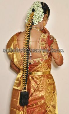 Gold jada collection,wedding jada,wedding decoration for hair,wedding jewellery for hair,hair jewellery South Indian Bride Hairstyle, Indian Bridal Hairstyles, Bride Hairstyles, Long Hairstyles, Gold Mangalsutra Designs, Jewellery Designs, Jewelry Patterns, Bridal Braids, Indian Bridal Makeup