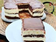 Garnish like a pro with these 9 caramel and chocolate creations! Cake Roll Recipes, Dessert Recipes, Desserts, Torte Recepti, Serbian Recipes, Torte Cake, Tasty Chocolate Cake, Sweet Cakes, Food Cakes