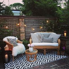 "689 Likes, 8 Comments - Ashley || My Bohemian House (@mybohemianhouse) on Instagram: ""Happy Sunday gorgeous people! ✨ How super sweet is this little outdoor setup of…"""