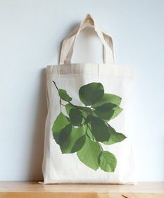 Cards and bags inspired by the natural world made by Helena Lee Available at till March We're at the Whitworth Art Gallery. Commerce Équitable, The 5th Of November, March, Yellow Tulips, Printed Bags, Cotton Bag, Botanical Prints, Mini, Nature Photography
