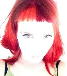 Hayley Williams red baby bangs Hayley Williams Style, Baby Bangs, Dream Hair, Paramore, Her Style, Hair Goals, Hair Color, Long Hair Styles, People