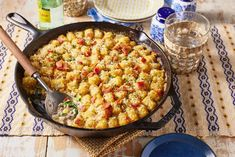 This Cheesy Cowboy Casserole Will be Your Family's New Favorite Mealthepioneerwoman Casserole Recipes, Beef Casserole, Cowboy Casserole, Cooking Recipes, Beef Recipes, Side Recipes, Cooking Ideas, Easy Recipes, Food Ideas