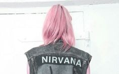 Bild über We Heart It #beautiful #grunge #hair #nirvana #pink #tumblr #white #softgrunge