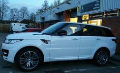 Full colour code for this sparkling white Range Rover.
