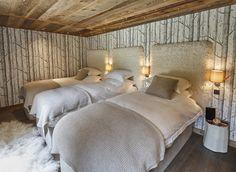 Wallpaper with trees in bedroom #chalet #bed #bedroom #wallpaper #trees #wooden #ceiling