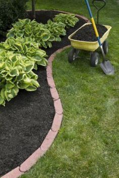Clever diy landscape ideas for your outdoor space (27)