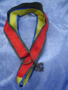 Mother's Pin Brag Ribbon Necklace Lanyard to display mothers parents caregiver Cub Scouts and Boy Scouts Pins