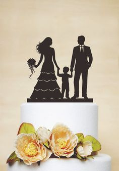 Wedding Cake TopperCouple Silhouette with a by AcrylicDesignForYou ...