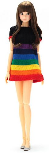 Momoko | I like the dress in this picture...I wonder if I could find a sock with a similar pattern?