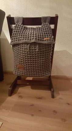Boxzak, ieder kind zijn eigen stoel met eigen zak (voor speelgoed?)