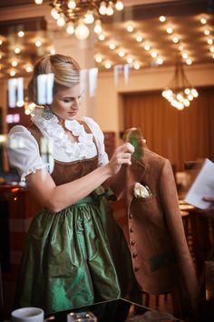 Girls Dresses, Flower Girl Dresses, Elegant, Couture, Wedding Dresses, Nutella, Germany, Fashion, Flower Girl Gown