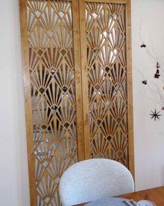 Moucharabieh en bois #roomdivider #room #divider #restaurant Decorative Metal Screen, Space Dividers, Wood Source, Graphic Patterns, Art Deco Fashion, Window Treatments, Decoration, Restaurant, Panelling