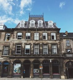 See the Scottish National Portrait Gallery, and the building opposite! #Edinburgh #Scotland #Architecture #Travelblogger #traveltips