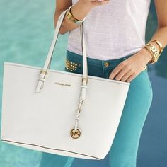 Great Michael Kors bags you have there. Anyway* Id like to share the most fashionable collections in this Michael Kors Outlet! Michael Kors Handbags Outlet, Mk Handbags, Michael Kors Tote, Michael Kors Selma, Michael Kors Jet Set, Designer Handbags, Cheap Handbags, Handbags Online, Replica Handbags
