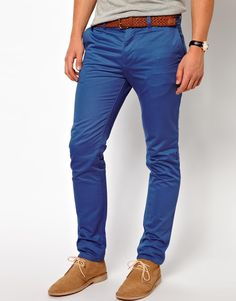 pantalones jeans the cult Chinos Men Outfit, Pants Outfit, Dress Pants, Slim Chinos, Mens Fashion Blazer, Retro Mode, Winter Outfits Men, Mens Style Guide, Business Casual Outfits