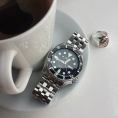 Morning essentials, the seiko, signet, and a thin crema Seiko Skx, Seiko Watches, Watches For Men, Wrist Watches, Affordable Watches, Dream Watches, Signet Ring, Steampunk Coffee, Bracelet Watch