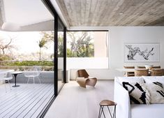 The Triplex Apartments developed by Luigi Rosselli Architects. Find all you need to know about The Triplex Apartments products and more from Bookmarc. Luigi, Contemporary Interior Design, Home Interior Design, Interior Ideas, Interior Inspiration, Design Inspiration, Design Ideas, Suburban House, Bungalow Homes