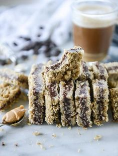 Chocolate Stuffed Oatmeal Bars #Food #Drink #Musely #Tip