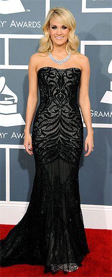 Carrie Underwood wearing Roberto Cavalli and Johnathon Arndt diamond jewelry at the 2013 Grammys