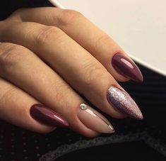 Work @ # nails # beautiful manicure nails # idemanicure Source by cskidalma Pointy Nails, Toe Nails, Nagel Stamping, Cute Nails For Fall, Luxury Nails, Trendy Nail Art, Elegant Nails, Purple Nails, Accent Nails