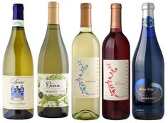 Love sweet wine? Then try Moscato! Tastes great with hot and spicy food, or dessert - even cookies!