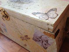 Decopach: Restauración  Baúl de mimbre.