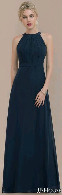 Be glamorous in this dark navy bridesmaid dress suitable for every wedding venue. Its sleeveless style features elegant pleated bodice, high scoop neckline, flattering chiffon waistband and flowy floor length skirt. Elegant Dresses, Pretty Dresses, Beautiful Dresses, Navy Bridesmaid Dresses, Prom Dresses, Formal Dresses, Bridesmaids, Dress Outfits, Fashion Dresses