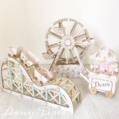 Simply in love with the Amusement Park theme by Carousel Party, Carousel Birthday, Circus Theme Party, Carnival Birthday Parties, Circus Birthday, Party Themes, Party Props, Baby Birthday, Carnival Baby Showers