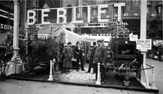 1912 Stand Berliet  Salon de l'Automobile au Grand-Palais