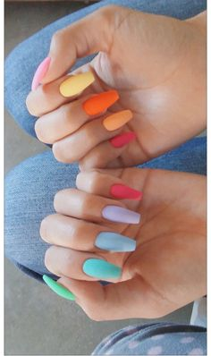 The Most and Glamorous Nail Art Designs For Girls Round nails art is so nice! That's why we found the best nails to motivate you and take you to the local nail salon as… Best Acrylic Nails, Summer Acrylic Nails, Acrylic Nails Pastel, Pastel Color Nails, Colorful Nails, White Nail Designs, Acrylic Nail Designs, Aycrlic Nails, Hair And Nails