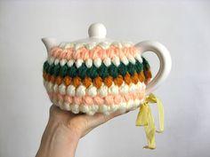 {crocheted 'popcorn' tea cozy} by Misako Mimoko