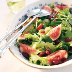Jouluinen vihersalaatti | Maku Wine Recipes, Salad Recipes, Cooking Recipes, Healthy Recipes, Food N, Food And Drink, I Love Food, Good Food, Food Tasting