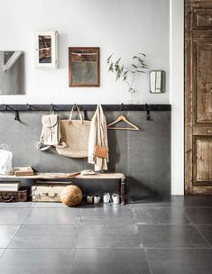 Home Dco White Storage 29 Ideas For 2019 Home Interior Design, Interior Styling, Happy New Home, House Entrance, Hallway Decorating, Scandinavian Style, Home And Living, Interior Inspiration, Decoration