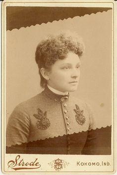 Memorial Photo Young Woman Kokomo Indiana Strode Photography Backstamp | eBay