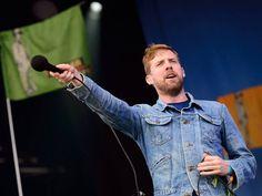 Ricky Wilson of The Kaiser Chiefs in Wrangler jacket at Glastonbury 2014 #glastonbury