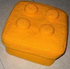 Crochet a Lego Box: free pattern & instructions
