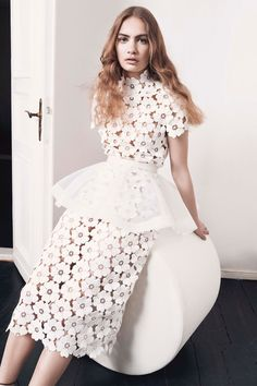 """Im Februar 2016 brachten Kaviar Gauche ihre """"White Iris""""-Kollektion heraus – jetzt verzaubern sie uns mit der Capsule Collection """"Alice im Wunderland""""."""