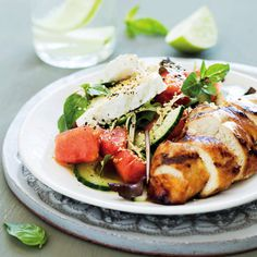 We will always make space for a fresh salad on the table. To make it more comforting for autumn, we added some Thai chicken to this watermelon salad. Watermelon Salad, Thai Chicken, Dns, Caprese Salad, Anonymous, Poultry, Food Porn, Public, Healthy Recipes