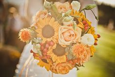 Bridal bouquets for boho and festival weddings
