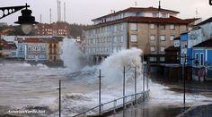 HOY en LUANCO. Terrible temporal marino en Asturias. Más en el Blog http://AsturiasVerde.Net http://asturiasverde.blogspot.com.es/2014/03/video-y-fotos-del-terrible-temporal.html… pic.twitter.com/6kskAoPdRJ