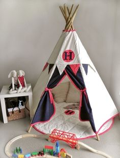 Children's play Teepee with matching mat and bunting.