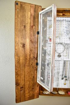 Storage Jewelry The Ultimate DIY Rustic Jewelry Cabinet - Attractive with lots of storage. - The Ultimate DIY Rustic Jewelry Cabinet will solve all your jewelry storage problems! It is not only attractive, but it has tons of storage! Jewelry Wall, Hanging Jewelry Organizer, Jewelry Cabinet, Diy Jewelry, Jewelry Box, Diy Cabinet Doors, Diy Cabinets, Clean Gold Jewelry, Rustic Jewelry