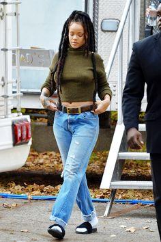 November 10: Rihanna on set of 'Ocean's Eight' movie in NYC.